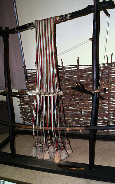 376px-Reconstruction-of-neolithic-loom